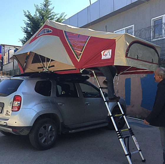 Caretta-Adventure-Dachzelte-Auto-005.jpg