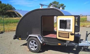 1-kulba-rebel-woody-mini-wohnwagen-teardrop-camper-offroad-outdoor-wohnanhaenger-offroad-travel-anhänger-caravan-trailer.jpg